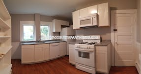 West Roxbury -STUNNING 3 BED AVAILABLE!!! Boston - $2,400